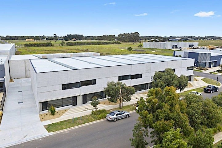 Chalmers Constructions for lease in Torquay Industrial